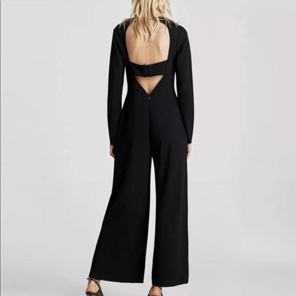 15183010ef2 Zara V Neck Jumpsuit S